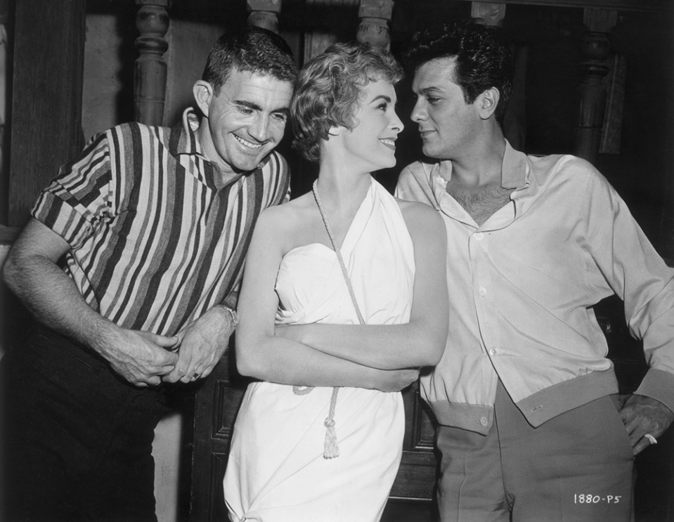 "Blake Edwards, Janet Leigh et Tony Curtis sur le tournage de ""Vacances à Paris"" (The Perfect Furlough) 1958"