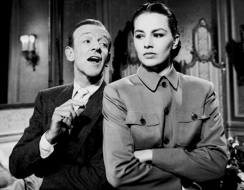"""Fred Astaire et Cyd Charisse dans """"La Belle de Moscou"""" (Silk Stockings) de Rouben Mamoulian (1957)"""