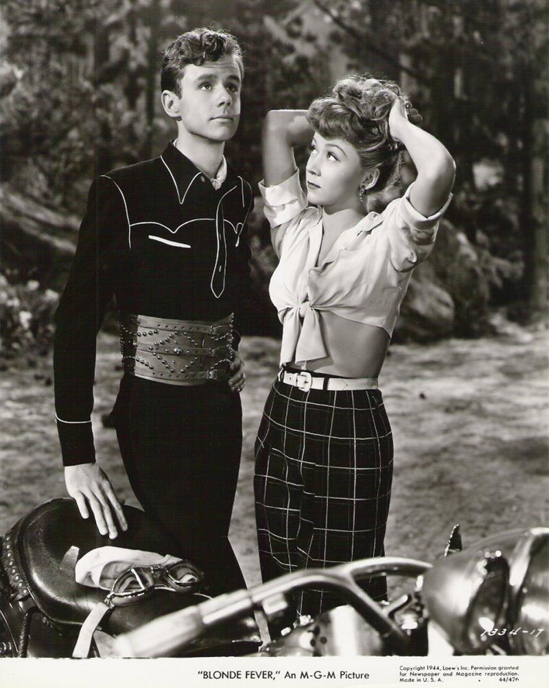 """""""Blonde Fever"""" (1944) avec Marshall Thompson et Gloria Grahame"""