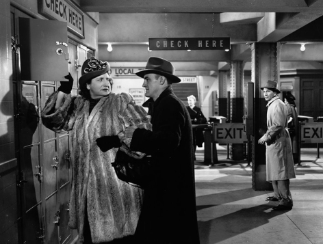 CRY OF THE CITY (Robert Siodmak, 1948) - Hope Emerson et Fred Clark
