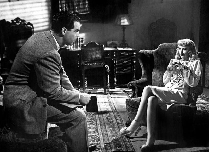 Assurance sur la mort (Double Indemnity) est un film américain réalisé par Billy Wilder, sorti en 1944.