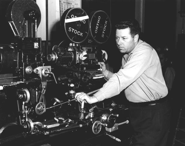Cregg Toland sur le plateau de Citizen Kane (1941) d'Orson Welles