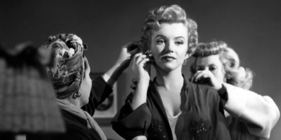 [on set] DON'T BOTHER TO KNOCK (Troublez-moi ce soir) – Roy Baker (1952). Marilyn Monroe