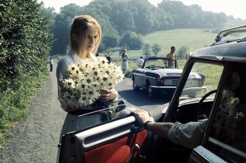 """""""Une femme douce"""" de Robert Bresson (1969). Avec Dominique Sanda et Guy Frangin. Le scénario est inspiré de la nouvelle La Douce de Dostoïevski."""
