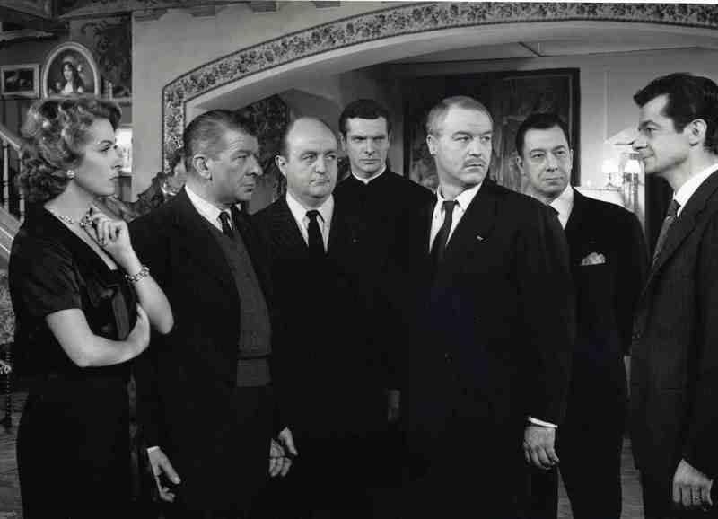 """""""Marie Octobre"""" de Julien Duvivier (1959) avec Danièle Darrieux, Paul Meurisse, Bernard, Blier, Lino Ventura, Serge Reggiani, Noël Roquevert, Robert Dalban, Paul Frankeur..."""