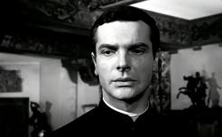 MARIE-OCTOBRE – Julien Duvivier (1959) - Paul Guersdans le rôle de l'Abbé Yves Le Gueven
