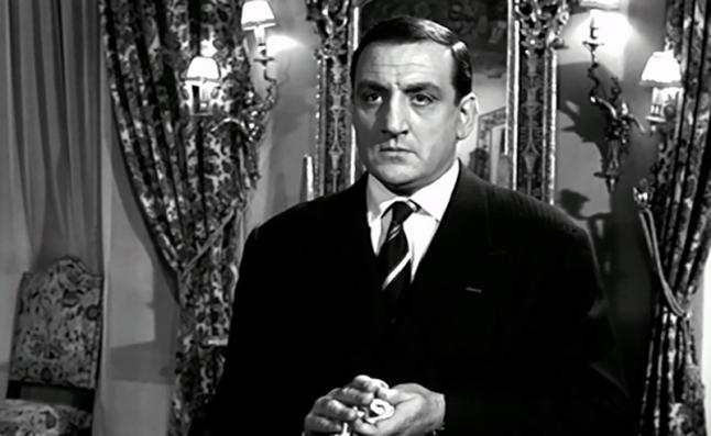 MARIE-OCTOBRE – Julien Duvivier (1959) - Lino Venturadans le rôle deCarlo Bernardi, le patron d'une boîte de strip-tease