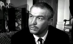 MARIE-OCTOBRE – Julien Duvivier (1959) - Daniel Iverneldans le rôle deRobert Thibaud, le médecin-accoucheur