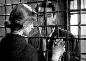 """Pickpocket"" de Robert Bresson (1959) avec Martin La Salle, Marika Green, Jean Pelegri"