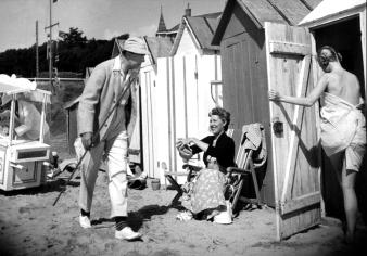 """""""Les Vacances de Monsieur Hulot"""" de Jacques Tati (1953) avec Nathalie Pascaud"""