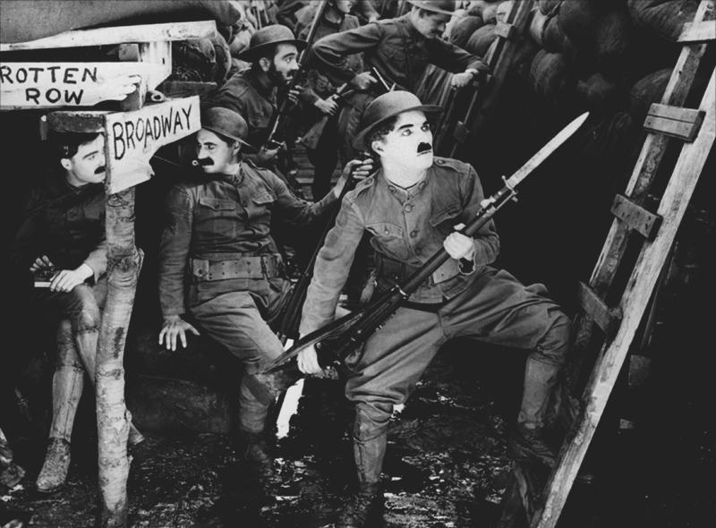 Charlot Soldat (Shoulder Arms), comédie burlesque réalisée par Charles Chaplin (1918). Le film est réparti en deux parties distinctes, la première est composée de plusieurs petites saynètes caricaturant la vie des soldats dans les tranchées (inondations, charges, courriers,....), alors que la seconde partie raconte la façon dont Charlot capture le Kaiser alors qu'il se trouvait en mission de reconnaissance en territoire ennemi. Il y fait la rencontre d'une jeune française, dans les décombres d'une maison, dont il tombera amoureux.