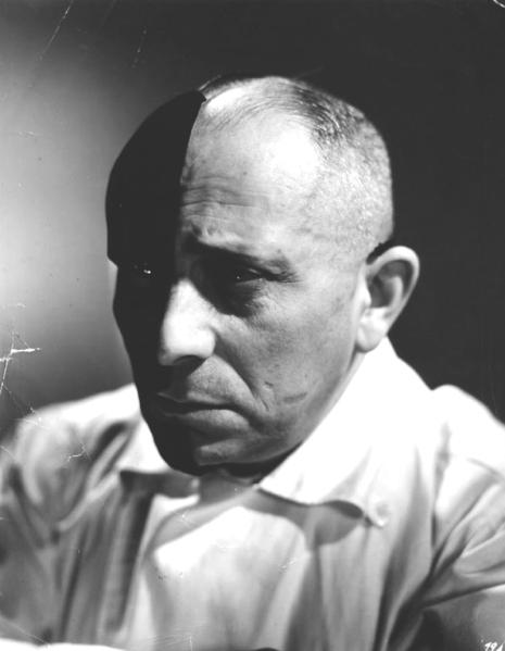 """Menaces"" d'Edmond T. Gréville (1940) - Erich von Stroheim"