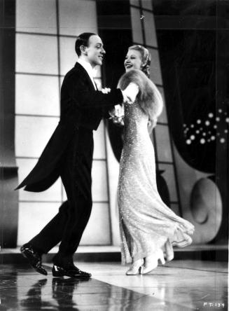 Fred Astaire et Ginger Rogers dans Le Danseur du dessus (Top Hat) de Mark Sandrich (1935)