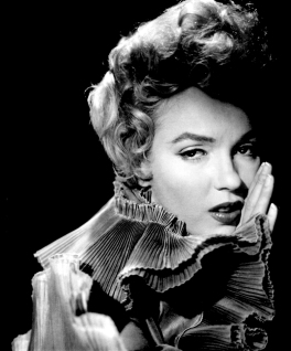 marilyn_monroe_glamour_girl_07