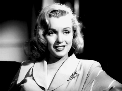 marilyn_monroe_glamour_girl_09
