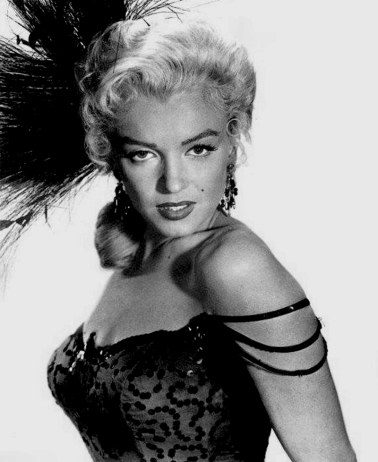 marilyn_monroe_glamour_girl_19