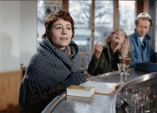 ELLE BOIT PAS, ELLE FUME PAS, ELLE DRAGUE PAS, MAIS… ELLE CAUSE! de Michel Audiard (1970) avec Annie Girardot, Bernard Blier, Mireille Darc