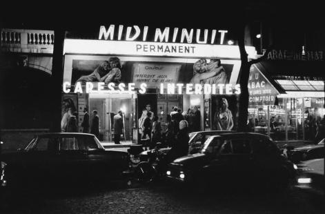 Le Midi Minuit , sur les Grands Boulevards en 1972 (Boulevard Poissonière, Paris) © Michel Giniès