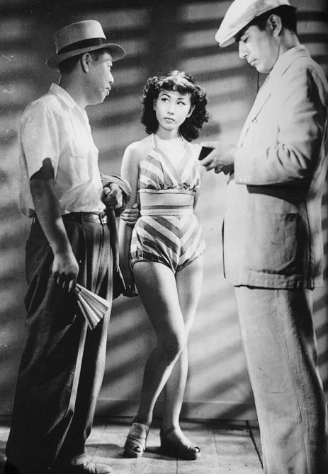 CHIEN ENRAGÉ (Nora Inu) – Akira Kurosawa (1949) avec Toshirō Mifune, Takashi Shimura, Keiko Awaji, Eiko Miyoshi, Noriko Sengoku, Isao Kimura