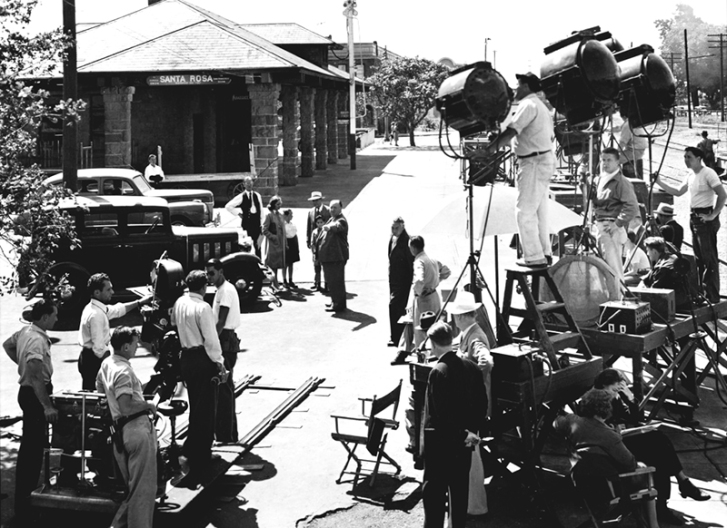 ON SET - Shadow of a doubt – Alfred Hitchcock (1943)