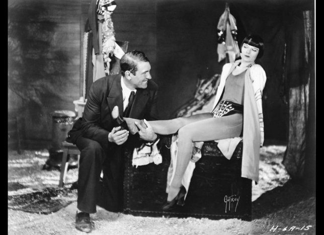 A Girl in Every Port - Howard Hawks (1928) avec Louise Brooks