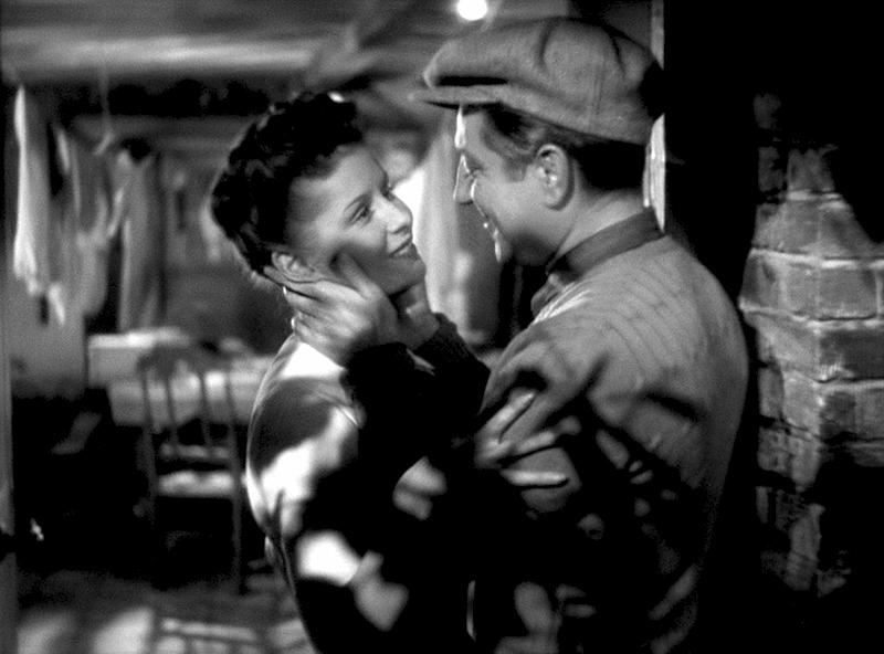 Jean Gabin, Jules Berry, Jacqueline Laurent, Arletty dans Le Jour se lève (Marcel Carné, 1939)