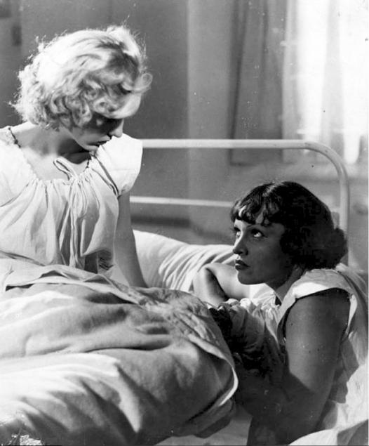 Prison sans barreauxLéonide Moguy (1938) avec Annie Ducaux, Roger Duchesne, Corinne Luchaire