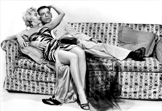 THE SEVEN YEAR ITCH (Sept ans de réflexion) – Billy Wilder (1955) avec Marilyn Monroe et Tom Ewell