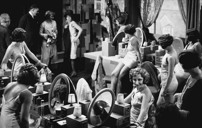 au_bonheur_des_dames_1931_01