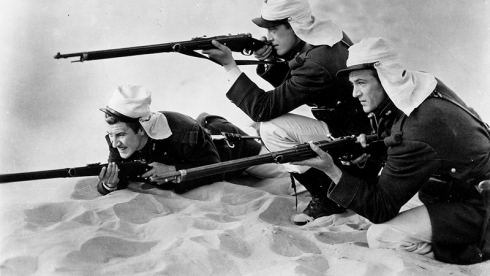 BEAU GESTE (1939) de William A. Wellman d'après le roman de Percival Christopher Wren avec Gary Cooper, Ray Milland, Robert Preston