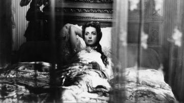 MADAME DE…de Max Ophuls(1953), adapté duroman éponymedeLouise de Vilmorinparu en 1951 avec Danielle Darrieux, Charles Boyer, Vittorio De Sica, Jean Debucou