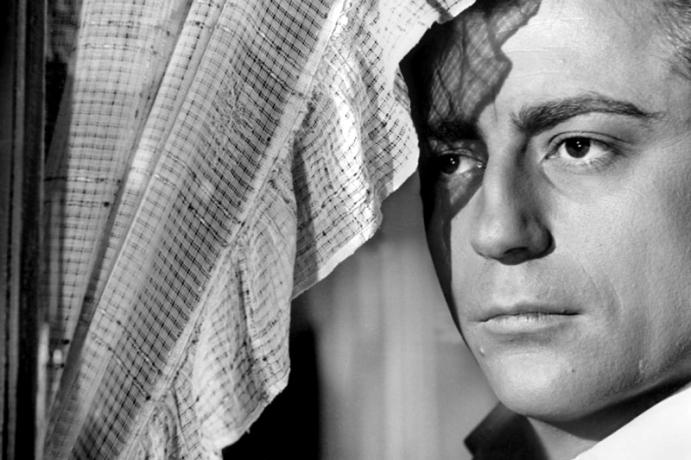 ORPHEEest unfilm françaisréalisé parJean Cocteau, sorti en1950 avec Jean Marais, François Périer, Maria Casarès, Marie Déa