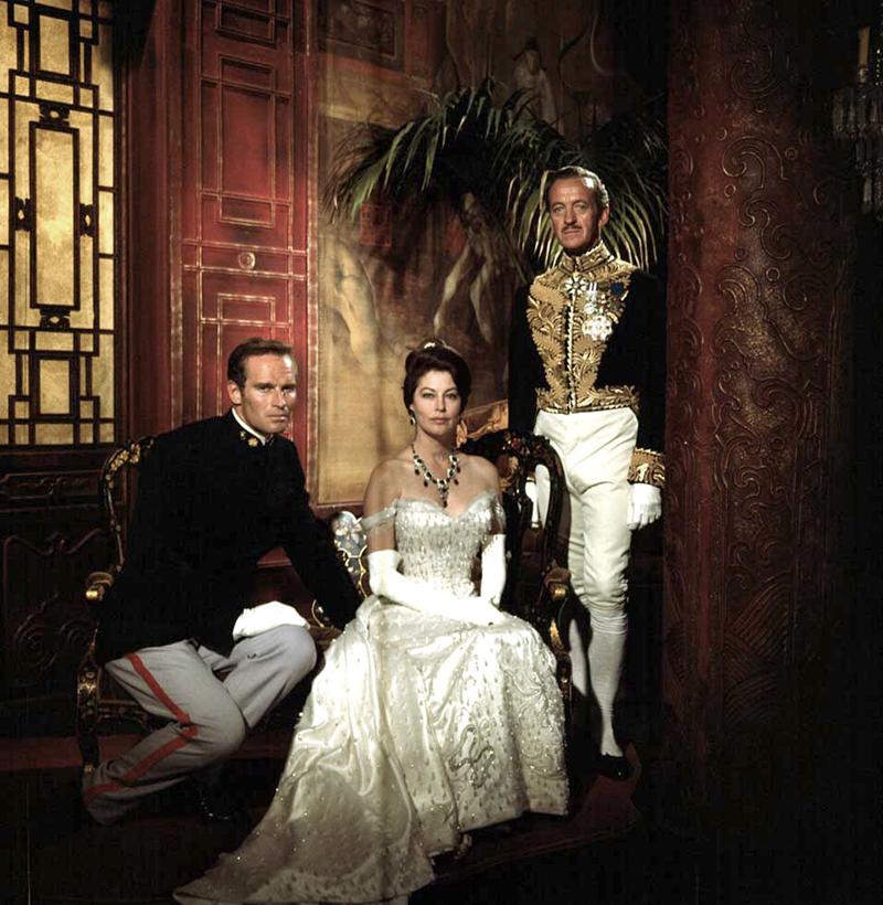 LES 55 JOURS DE PEKIN de Nicholas Ray (1963) avec Charlton Heston, Ava Gardner, David Niven