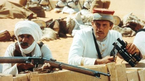 FORT SAGANNE d'Alain Corneau (1984) d'après le roman Fort Saganne de Louis Gardel avec Gérard Depardieu, Philippe Noiret, Catherine Deneuve, Sophie Marceau, Michel Duchaussoy