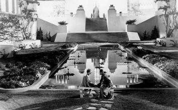 LES HORIZONS PERDUS de Frank Capra (1937), tiré du roman éponyme de James Hilton.