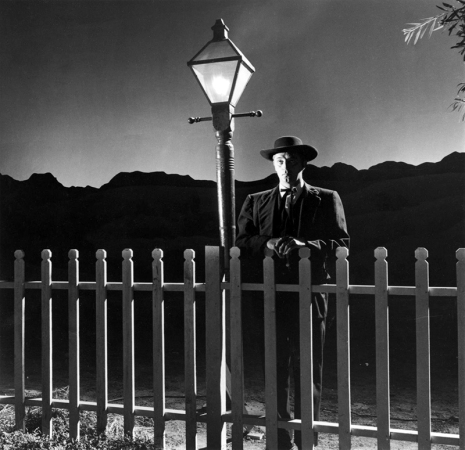 THE NIGHT OF THE HUNTER – Charles Laughton (1955) - Robert Mitchum, Shelley Winters, Lillian Gish