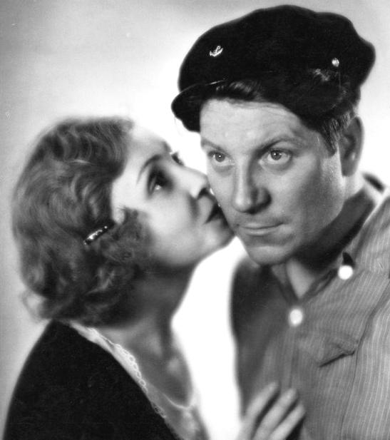 Jean Gabin et Madeleine Renaud dans La Belle Marinière (Harry Lachman, 1932)