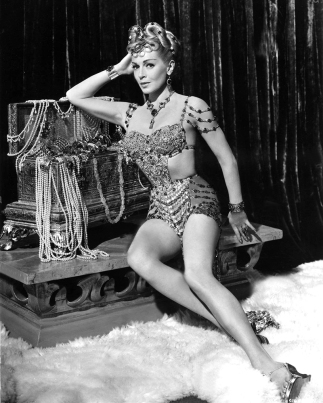 Lana Turner dans THE PRODIGAL (Le Fils prodigue) de Richard Thorpe (1955)