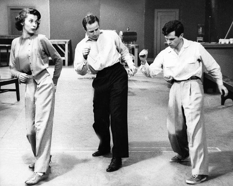 ON SET - GUYS AND DOLLS (Blanches colombes et vilains messieurs) - Joseph L. Mankiewicz (1955) avec Marlon Brando, Jean Simmons, Frank Sinatra