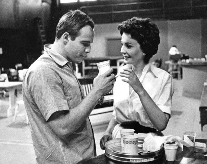 ON SET - GUYS AND DOLLS (Blanches colombes et vilains messieurs) - Joseph L. Mankiewicz (1955) avec Marlon Brando, Jean Simmons