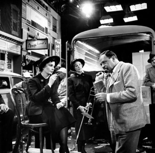 ON SET - GUYS AND DOLLS (Blanches colombes et vilains messieurs) - Joseph L. Mankiewicz et Jean Simmons