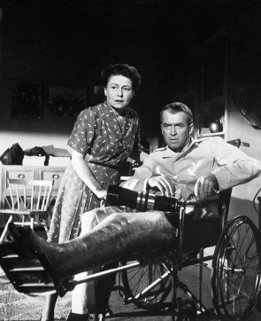 REAR WINDOW (Fenêtre sur cour) - Alfred Hitchcock - 1954 - James Stewart, Thelma Ritter