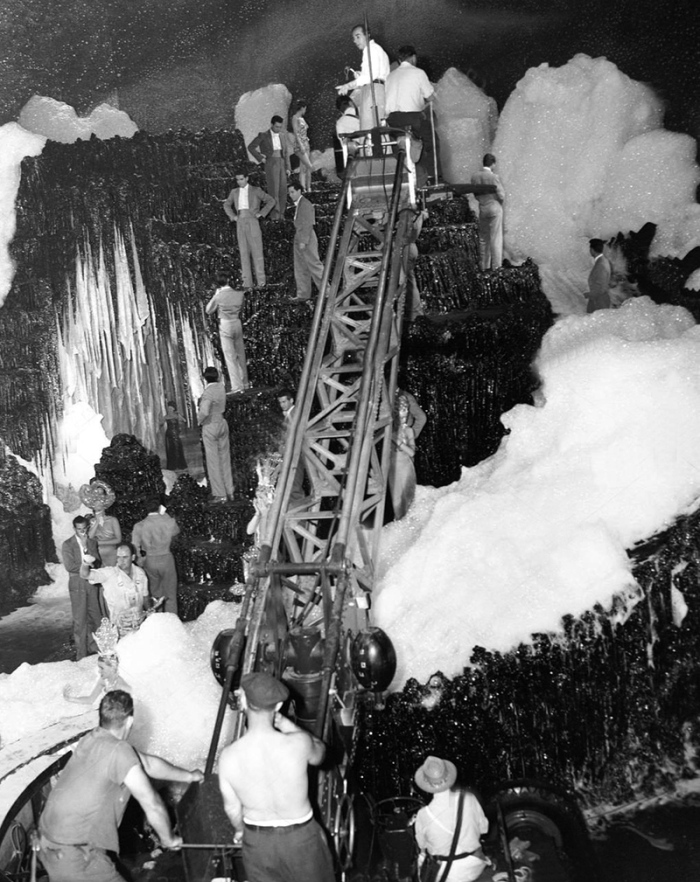 ON SET - ZIEGFELD FOLLIES - Vincente Minnelli (1945)