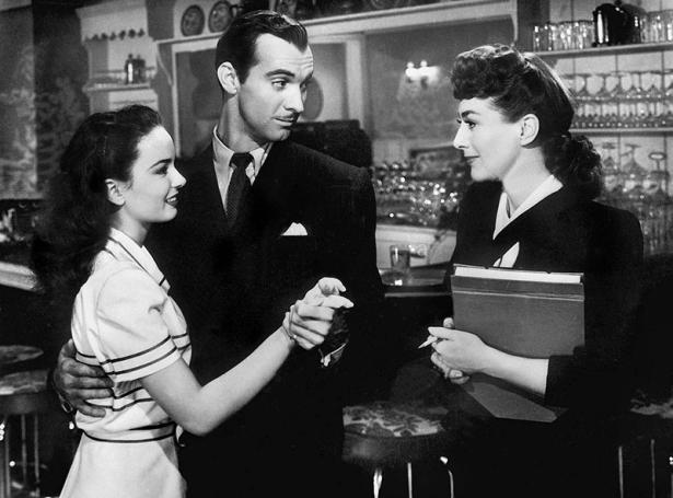 MILDRED PIERCE (Le Roman de Mildred Pierce) - Michael Curtiz (1945) avec Joan Crawford, Ann Blyth, Jack Carson, Zachary Scott, Eve Arden