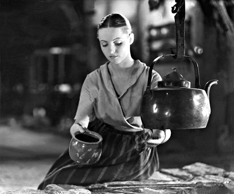 Hansi Knoteck in 'Das Mädchen vom Moorhof', 1935   Hansi Knoteck in 'The girl from the Moorhof', 1935
