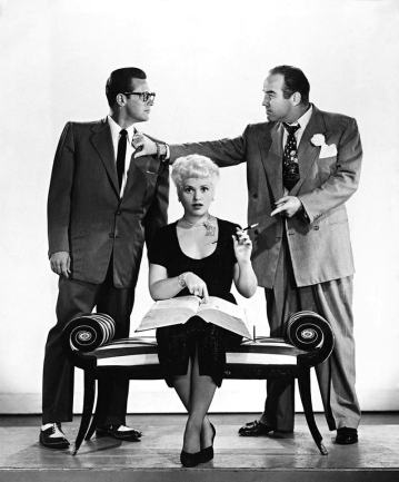 BORN YESTERDAY (Comment l'esprit vient aux femmes) - George Cukor (1950) avec Judy Holliday, Broderick Crawford, William Holden