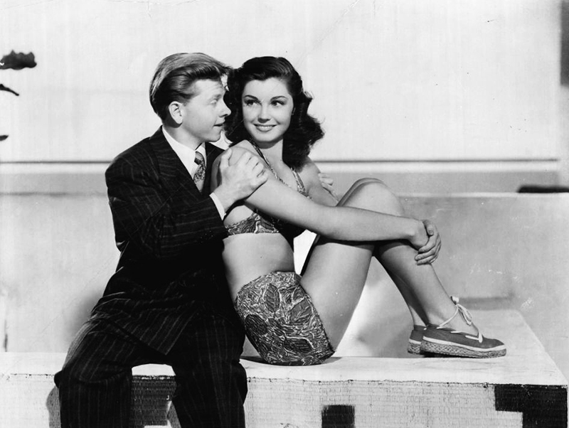 andy_hardy_s_double_life_01
