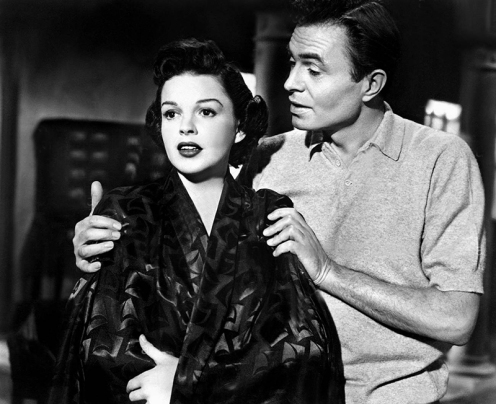 JUDY GARLAND & JAMES MASON Film 'A STAR IS BORN' (1954) Directed By GEORGE CUKOR 29 September 1954 CTS63115 Allstar/Cinetext/WARNER BROS **WARNING** This photograph can only be reproduced by publications in conjunction with the promotion of the above film. For Editorial Use Only